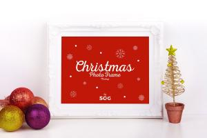 Christmas Photo Frame – Free Mockup