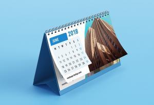 Desk Calendars – 3 Free Mockups