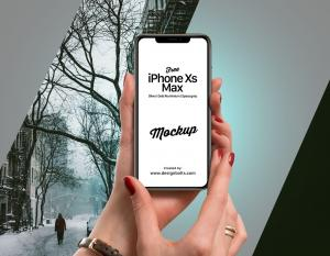 Apple iPhone Xs Max in Female Hand Free Mockup