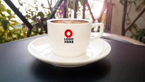 Coffee Cup – Free Mockup