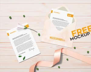 Free Open Envelope Mockup