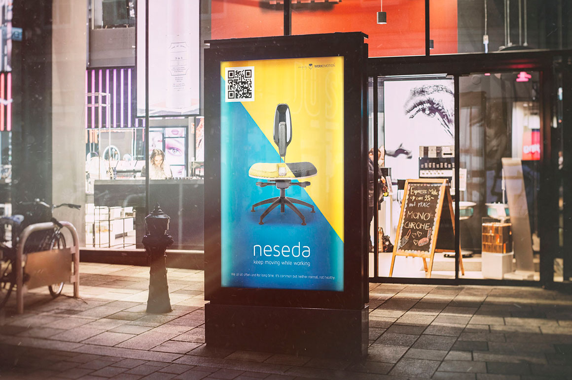 Outdoor City Light Ad Free Mock-ups