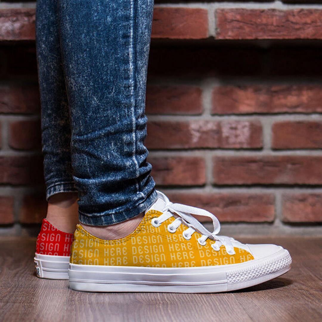 Men's shoes Free Mockup