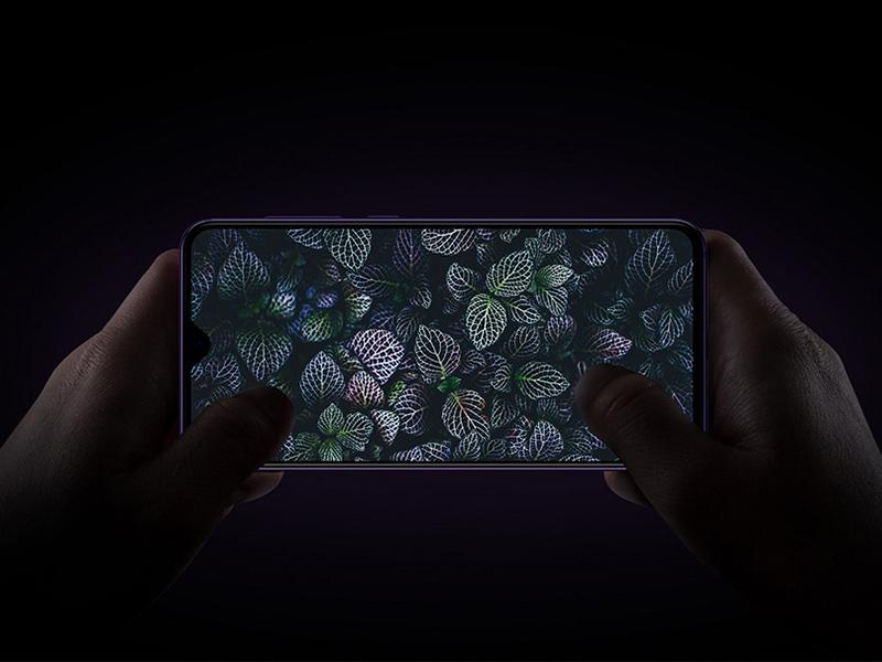 Xiaomi Mi 9 SE Free PSD Mockup
