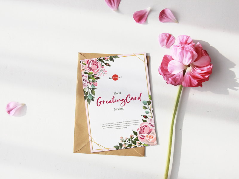 Free Floral Greeting Card Mockup