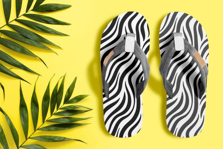 Men's Slippers Free (PSD) Mockup