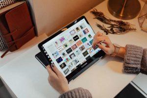 Free PSD Samsung Tablet Mockup