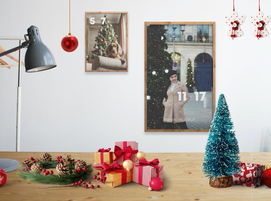 Christmas Frames Kit Scene Free Mockup (PSD)