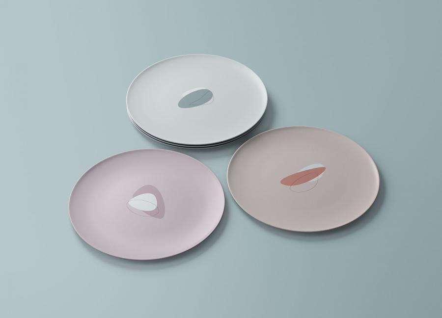 Free Round Dishes Mockup (PSD)