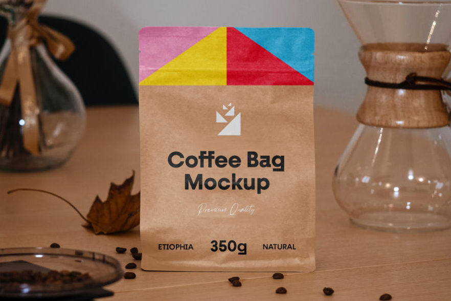 Free Small Bag Packaging Mockup