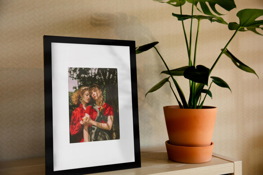 Picture Frame Free Mockup (PSD)