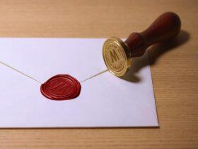 Free Wax Seal Stamp Mockup (PSD)